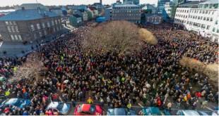 wintris 22000 personnes dans les rues de reykjavik